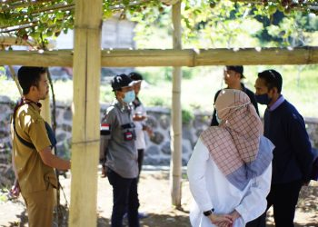 Site Survey lokasi Pengembangan Agrowisata Kebun Markisa desa Cisantana Kuningan